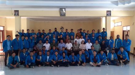 KKN APMD di Srimartani Diserahkan Kembali ke Kampus